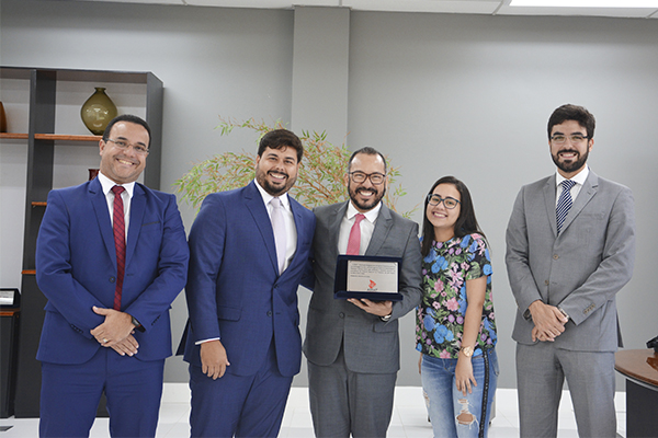 ASSAT realiza visita de cortesia ao presidente do TRT20
